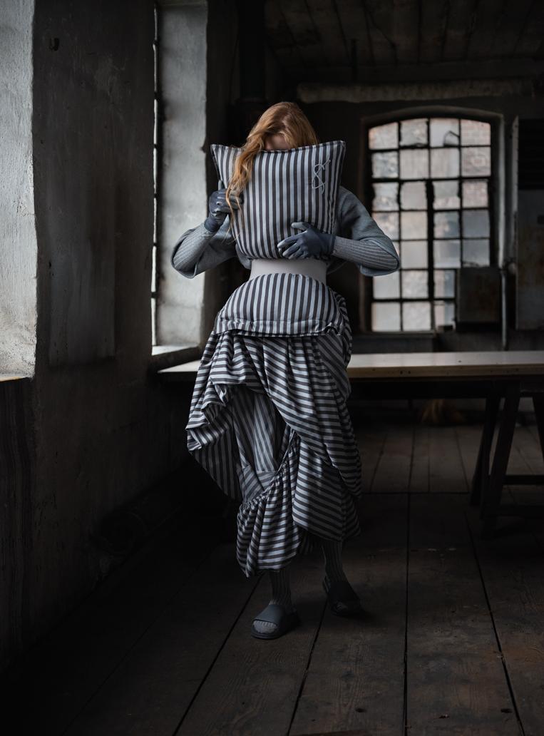 Cunnington & Sanderson - Photography by Rafael Kroetz - model Zoe Herveva at Tune Models - Hair & Makeup Sabine Nania