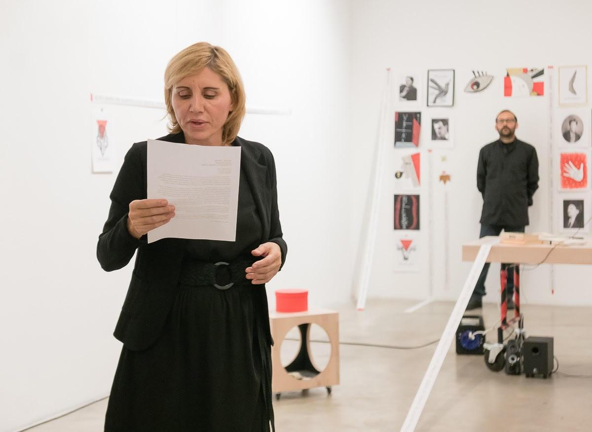 Francesca Fini, Davide Cortese, The call center