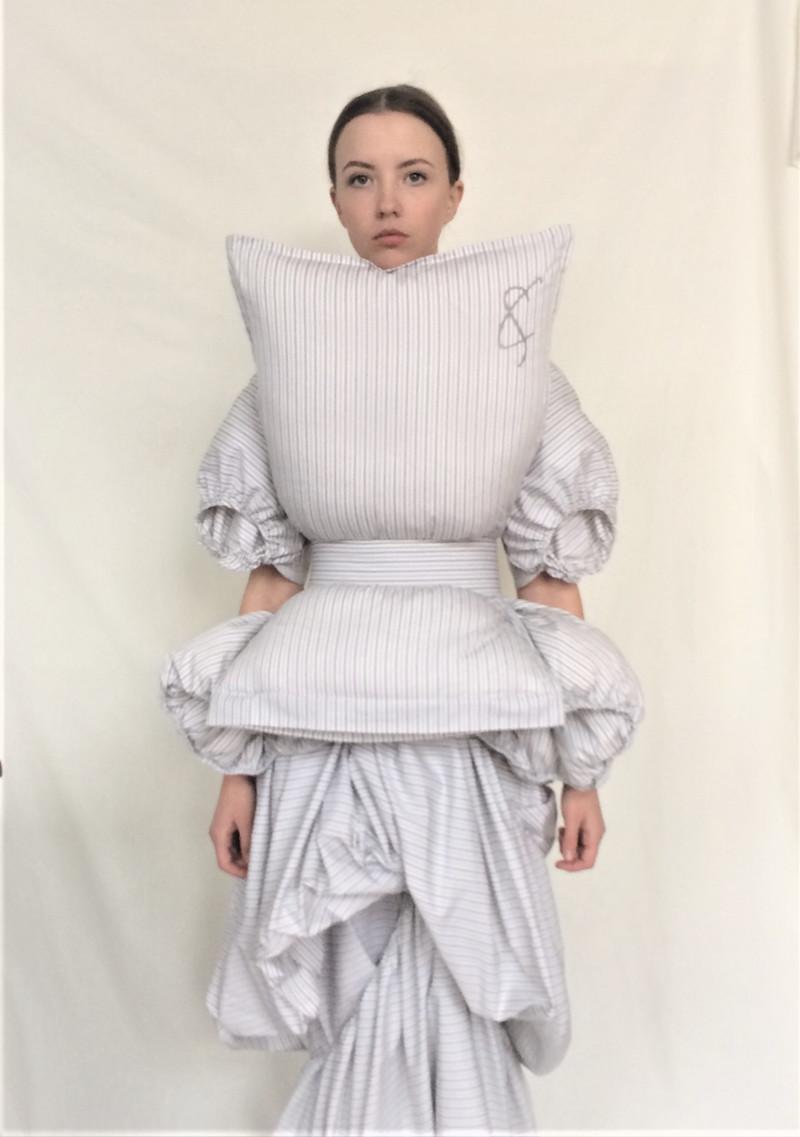 Cunnington & Sanderson - Laundry dress, Pillow top & Hollow top