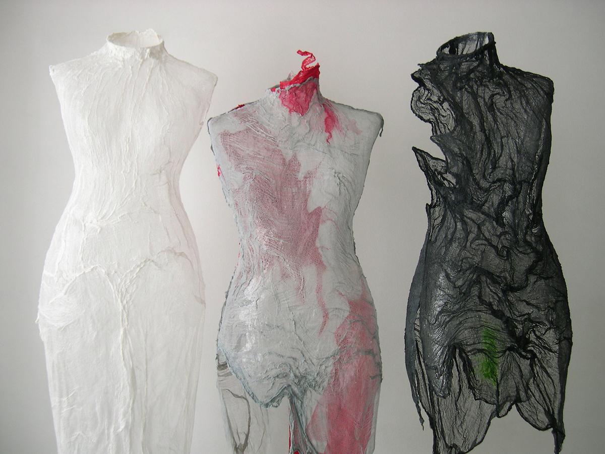3 Paola Romoli Venturi madre natura_2007 ph Marco Adinolfi