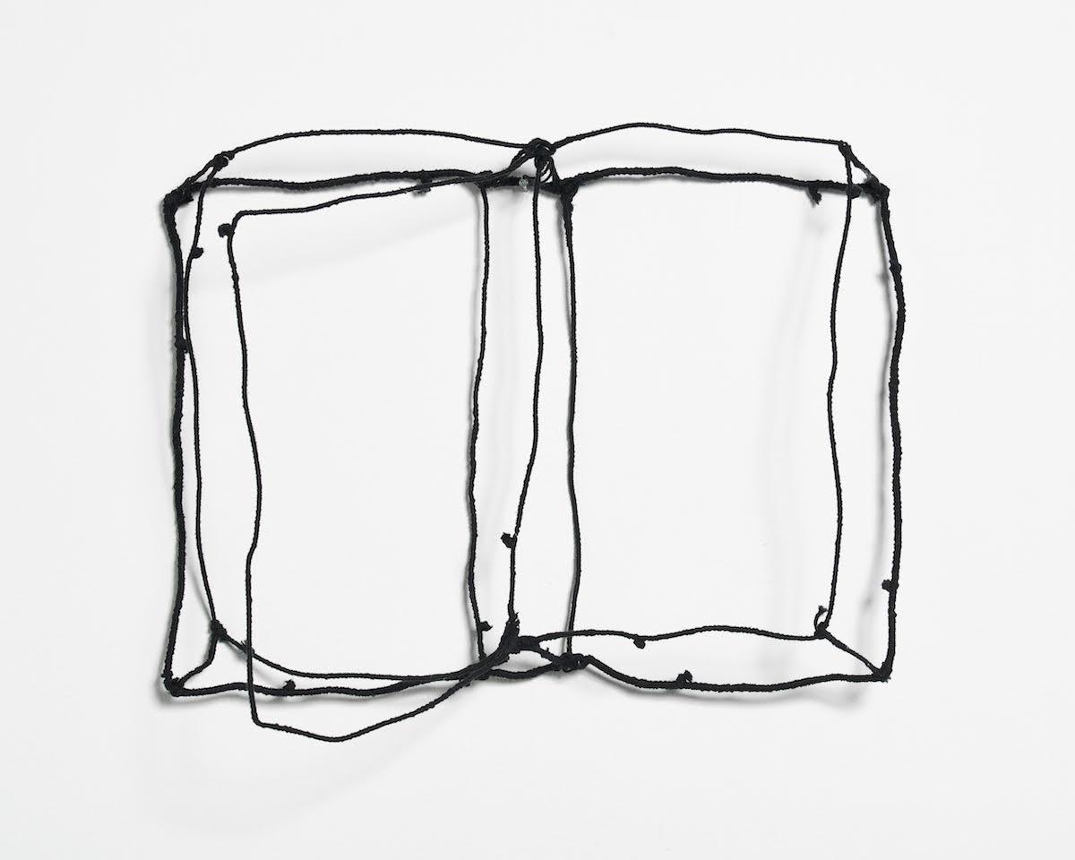 Franca Sonnino, Libro-oggetto, ph. Max Pescio
