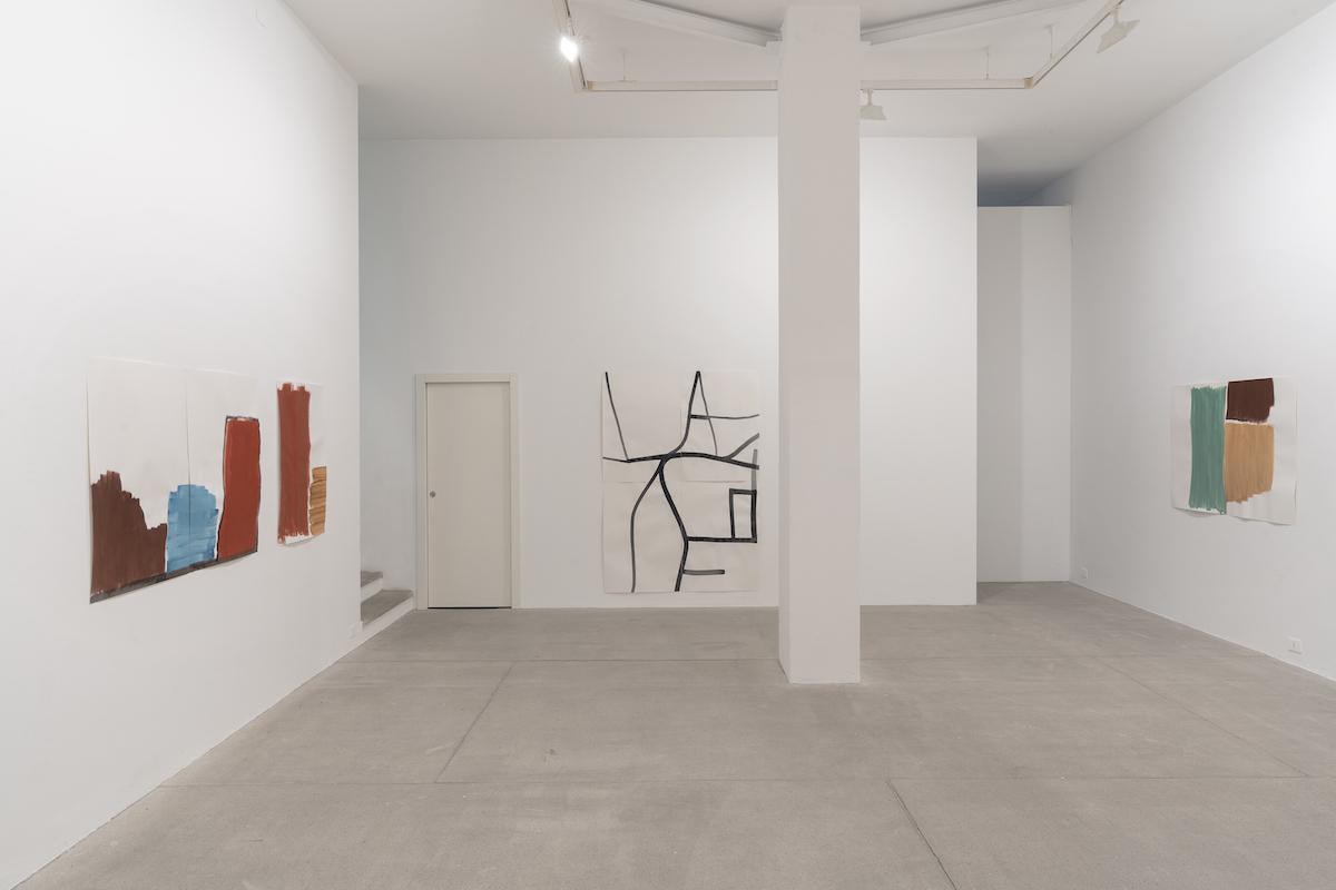 Silvia Bächli, verso, 2021, Installation view at Galleria Raffaella Cortese, ph. Lorenzo Palmieri