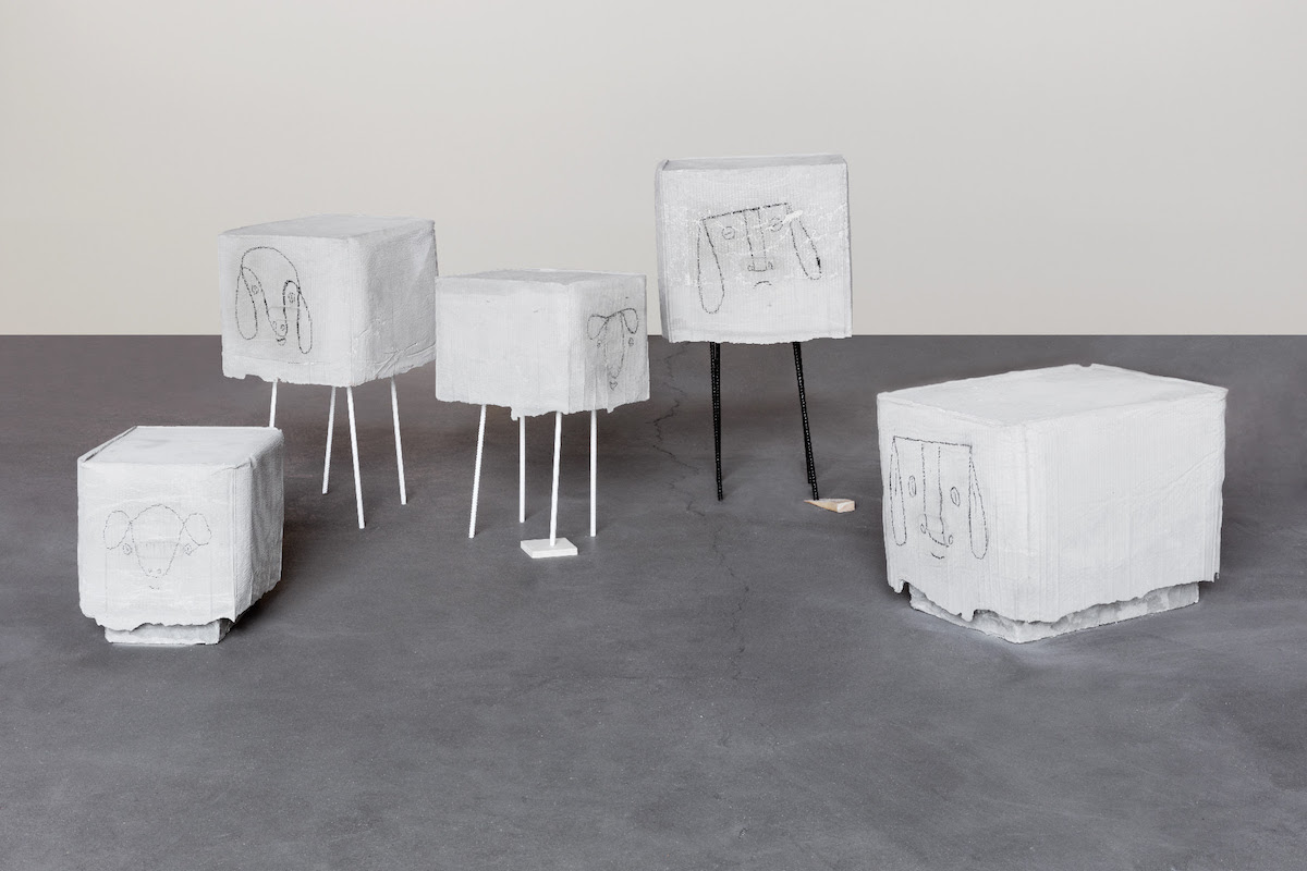 Judith Hopf, Flock of Sheep, 2017, concrete, metal, cardboard, styrofoam, coal variable dimensions. Courtesy of the artist and kaufmann repetto Milan / New York. Photo: Andrea Rossetti.