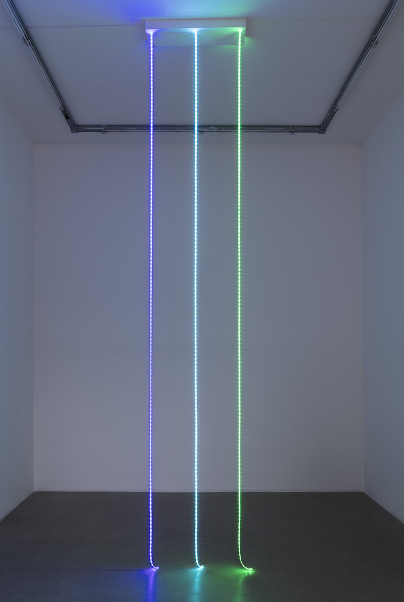 Judith Hopf, Untitled (Email Lines), 2016, LED lights, variable dimensions. Courtesy of the artist and kaufmann repetto Milan / New York. Photo: Andrea Rossetti.